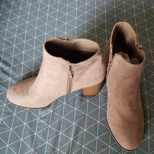 Apt 9 defined confort boots 9 women